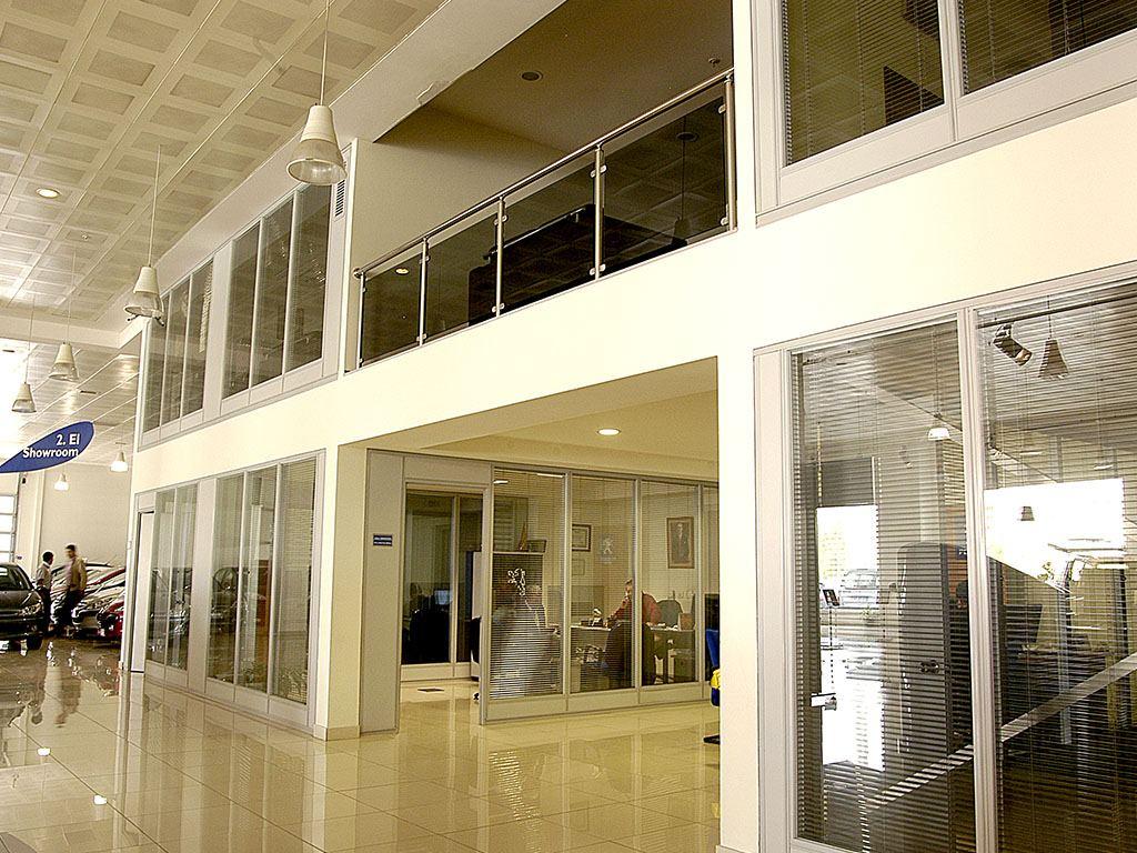 Oto Galeri Ofis içi Modüler Bölme Sistemleri